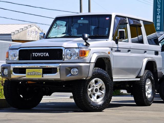 トヨタ バンLX ランクル70生誕30周年記念再販モデル