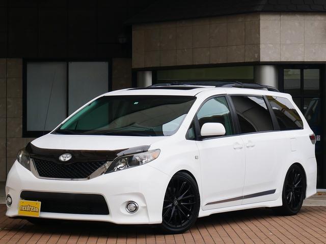 米国トヨタ シエナ 新並 SE 8人乗 TEIN車高調 20インチ 後席モニター