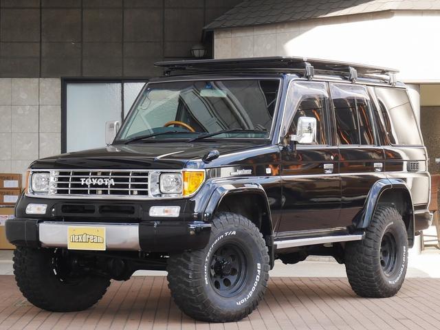 トヨタ SXワイド 中古車固定金利1.9% SXワイド BLACKコンプリート オールペイントブラック 2インチリフトUP ARBフラットルーフラック BFグッドリッチMT ミッキートンプソンクラシック2アルミ PEND