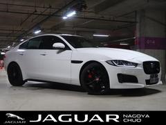 ジャガーXE S 3000CC V6 ACC ガラスルーフ 革シート