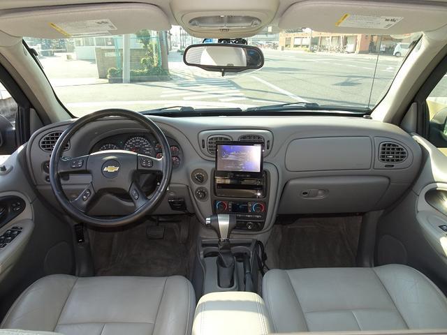 シボレー シボレー トレイルブレイザー LTZ 4WD HDDナビTV リアモニター ディーラー車