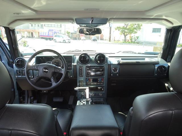 ラグジュアリーPKG 4WD 外マフラー ナビ 新車並行車(12枚目)