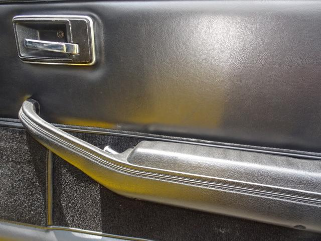 シボレー シボレー コルベット C3 スティングレー ミラートップ キャブ最終モデル