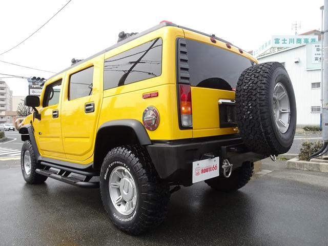 タイプG 4WD 背面タイヤ 6人乗り ディーラー車(2枚目)