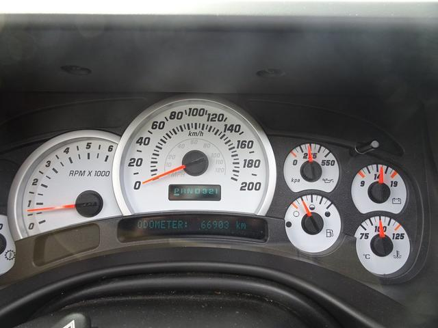 タイプG 4WD 背面タイヤ 6人乗り ディーラー車(18枚目)