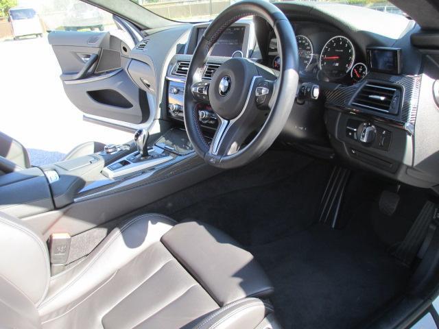 BMW BMW M6 グランクーペ カーボンルーフ
