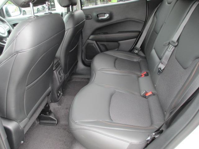 「その他」「クライスラージープ コンパス」「SUV・クロカン」「滋賀県」の中古車14