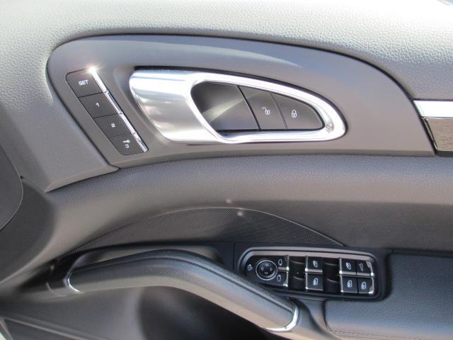 「ポルシェ」「カイエン」「SUV・クロカン」「滋賀県」の中古車7