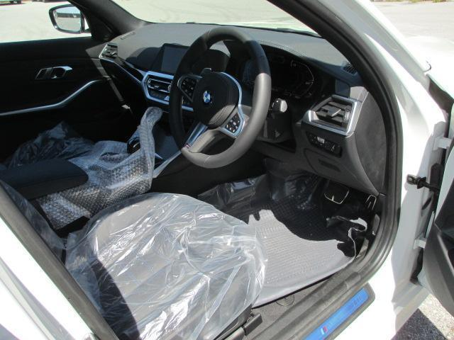 「BMW」「3シリーズ」「セダン」「滋賀県」の中古車5