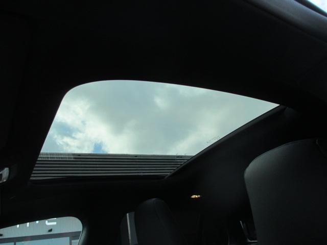 CLA35 4マチック シューティングブレーク 純正HDDナビ&フルセグTV&360℃カメラ 赤黒革シート パノラマルーフ レーダーセーフティ アドバンスドP キーレスゴー ヘッドアップディスプレイ LEDヘッドライト オートテールゲート シートH(12枚目)