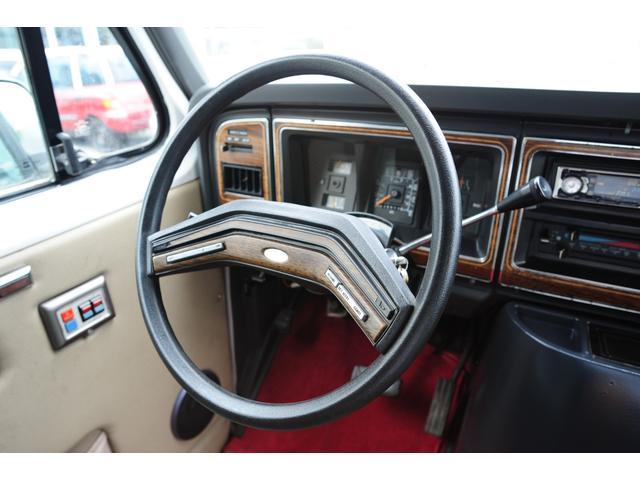 「フォード」「フォード エコノライン」「ミニバン・ワンボックス」「大阪府」の中古車17