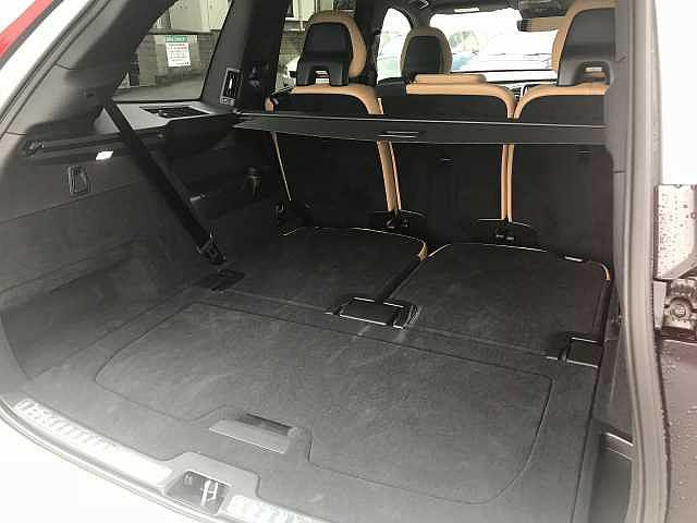 T5 AWD モーメンタム 社内試乗車使用 360℃モニター(17枚目)