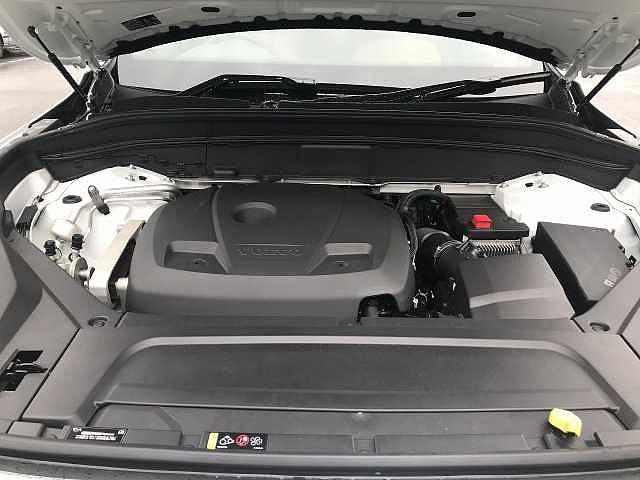 T5 AWD モーメンタム 社内試乗車使用 360℃モニター(18枚目)