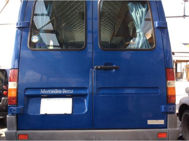 メルセデス・ベンツ トランスポーターT1N 212D キャンピング5人乗り
