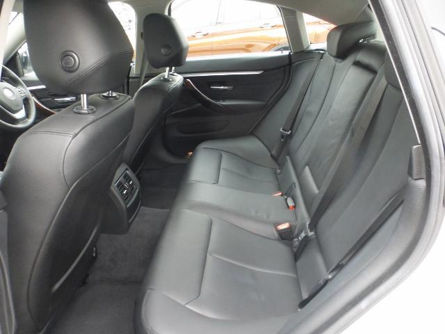 BMW BMW 420iグランクーペ ラグジュアリー 黒革 弊社デモカー車両