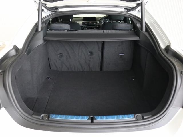 420i xDriveグランクーペMスピリット登録済未使用車(15枚目)