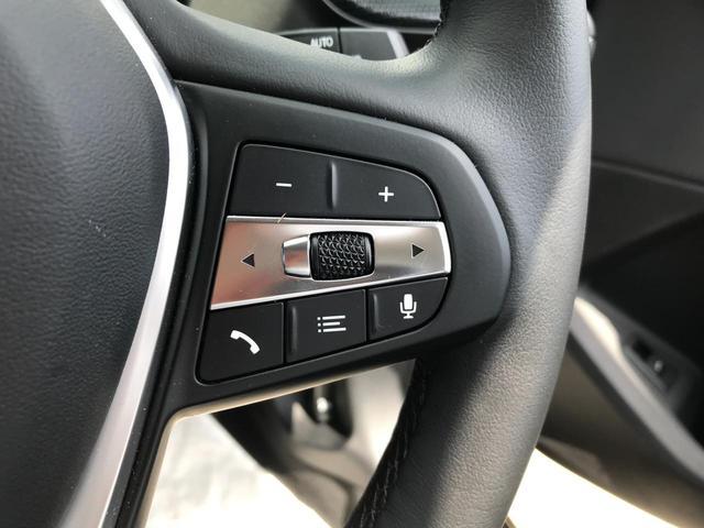 118i プレイ 弊社デモカー BMW アルミニウムライン オートマチックテールゲートオペレーション クルーズC コンフォートPKG ワイヤレスチャージング パーキングアシスト 16AW(51枚目)