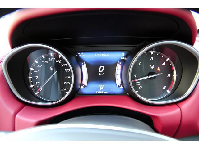 ベースグレード ディーゼル 4WD プレミアムパック OP19インチアルミホイール(16枚目)