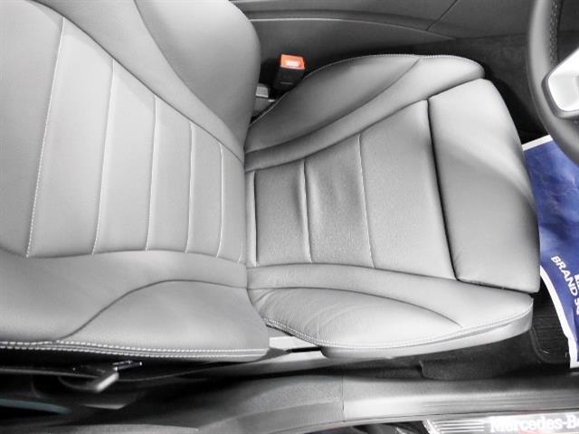メルセデス・ベンツ M・ベンツ C350e アバンギャルド レザーエクスクルーシブパッケージ