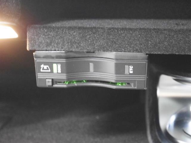 メルセデス・ベンツ M・ベンツ C220d AV AMGライン レーダーセーフティPKG