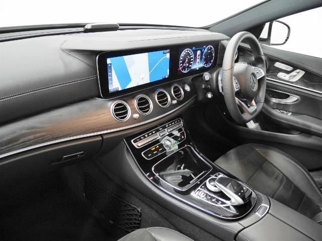 E220 d アバンギャルド スポーツ 4年保証 新車保証(4枚目)