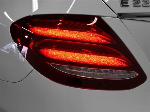 E220 d アバンギャルド スポーツ 4年保証 新車保証(7枚目)