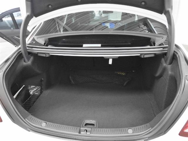 E220 d アバンギャルド スポーツ 4年保証 新車保証(8枚目)