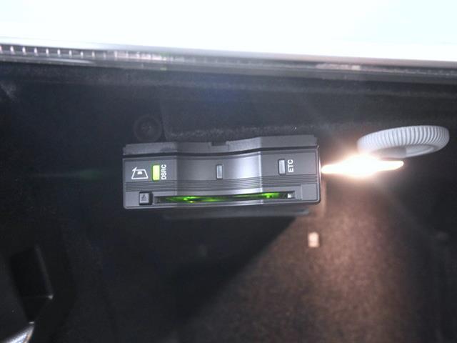 メルセデス・ベンツ M・ベンツ E220d ステーションワゴン アバンギャルド スポーツ