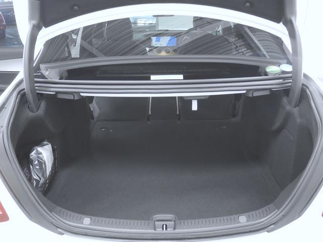E200 4マチック アバンギャルド 4年保証 新車保証(11枚目)