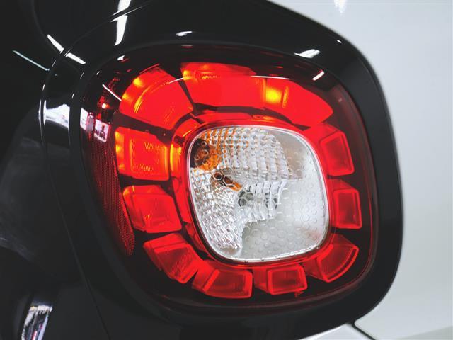 「スマート」「フォーフォー」「コンパクトカー」「兵庫県」の中古車8