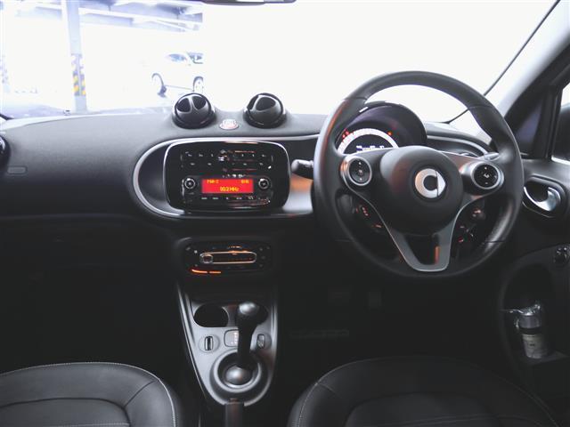 「スマート」「フォーフォー」「コンパクトカー」「兵庫県」の中古車3