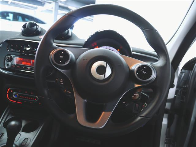 「スマート」「フォーフォー」「コンパクトカー」「兵庫県」の中古車21