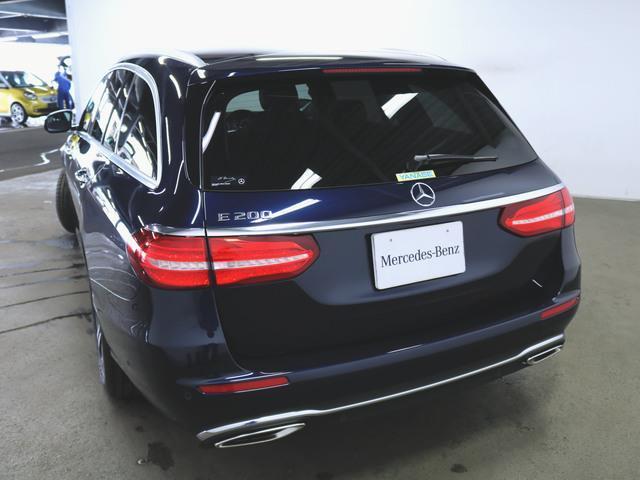 E200 ステーションワゴン アバンギャルド エクスクルーシブパッケージ (BSG搭載モデル) 4年保証 新車保証(2枚目)
