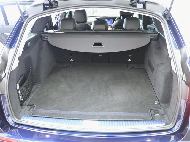 E200 ステーションワゴン アバンギャルド エクスクルーシブパッケージ (BSG搭載モデル) 4年保証 新車保証(8枚目)