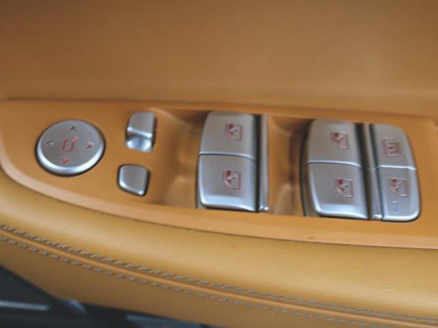 740i 1ヶ月保証 本革 シートヒーター シートエアコン パワーシート フロアマット HDDナビ マルチ CD ミュージックサーバー 音楽プレーヤー接続 Bluetooth接続 フルセグ DVD再生(16枚目)