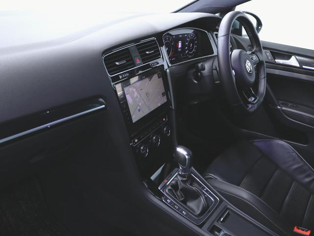 1ヶ月保証 コンビ シートヒーター パワーシート トランクスルー フロアマット メモリーナビ マルチ CD 音楽プレーヤー接続 Bluetooth接続 フルセグ DVD再生 ETC LED(4枚目)