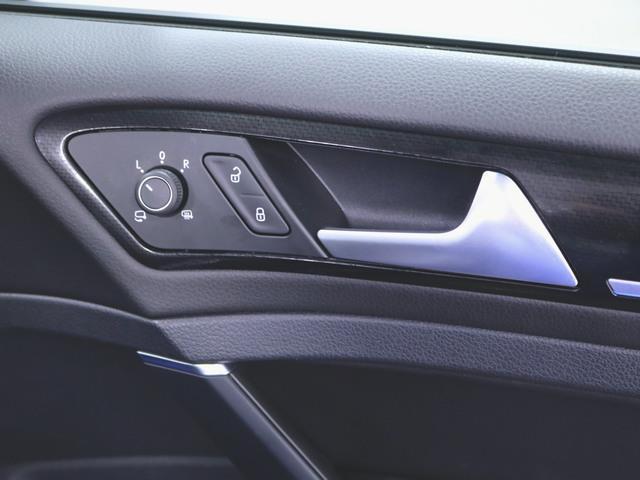 1ヶ月保証 コンビ シートヒーター パワーシート トランクスルー フロアマット メモリーナビ マルチ CD 音楽プレーヤー接続 Bluetooth接続 フルセグ DVD再生 ETC LED(17枚目)