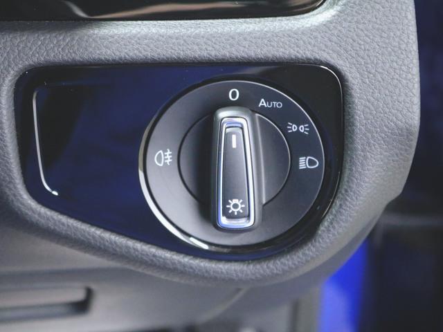 1ヶ月保証 コンビ シートヒーター パワーシート トランクスルー フロアマット メモリーナビ マルチ CD 音楽プレーヤー接続 Bluetooth接続 フルセグ DVD再生 ETC LED(21枚目)