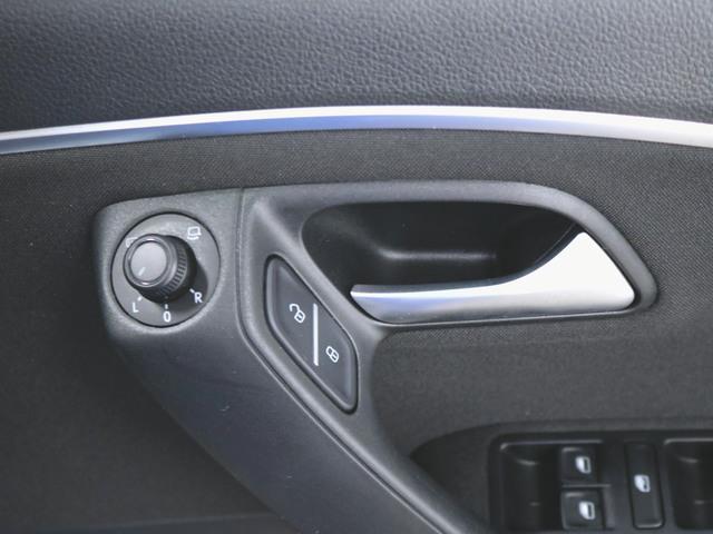 オールスター ファブリック トランクスルー フロアマット メモリーナビ マルチ CD 音楽プレーヤー接続 Bluetooth接続 フルセグ DVD再生 ETC LED バックモニター 盗難防止装置(18枚目)