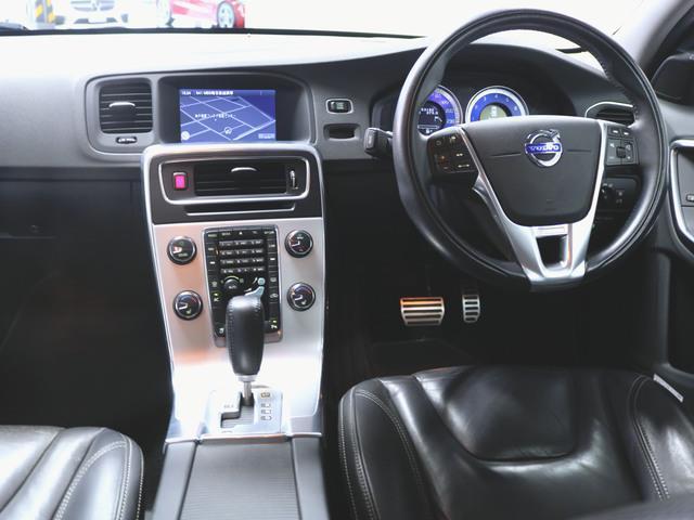 T4 Rデザイン 本革 シートヒーター パワーシート トランクスルー フロアマット HDDナビ マルチ CD ミュージックサーバー 音楽プレーヤー接続 Bluetooth接続 フルセグ DVD再生(3枚目)