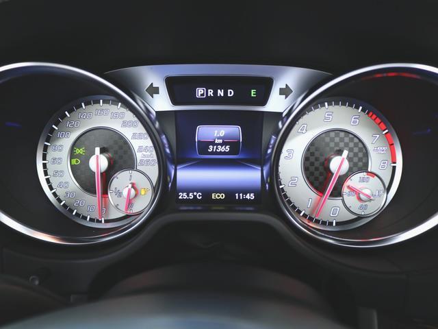SL550 本革 シートヒーター パワーシート フロアマット HDDナビ マルチ CD ミュージックサーバー 音楽プレーヤー接続 Bluetooth接続 フルセグ DVD再生 ETC ガラスルーフ(16枚目)