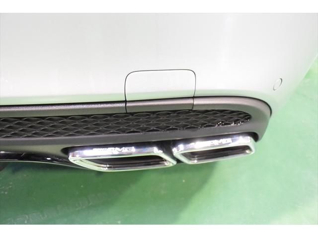 C63 レッドコンビレザー 右ハンドル 保証プラス加入済車両(8枚目)