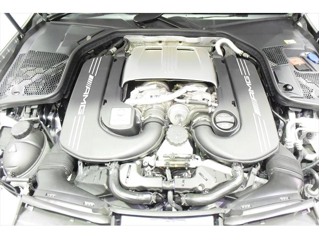 C63 レッドコンビレザー 右ハンドル 保証プラス加入済車両(9枚目)