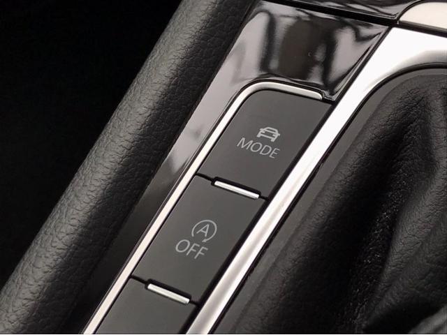 TSIハイライン マイスター ナビ バックカメラ ETC フルセグTV レザーシート シートヒーター ワンオーナー 禁煙車 18インチアルミホイール Bluetooth接続 ミュージックプレイヤー接続可 LEDヘッドライト(38枚目)