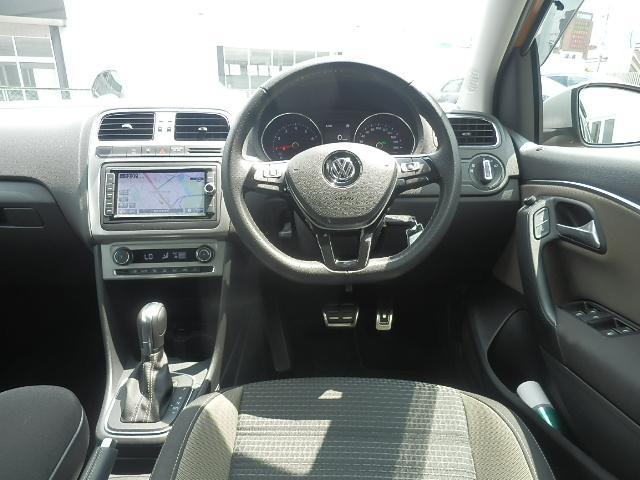 フォルクスワーゲン VW ポロ クロスポロ VW純正ナビACC自動ブレーキETC