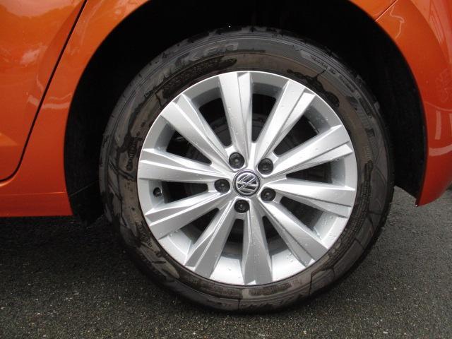 フォルクスワーゲン VW ポロ 新型TSIハイライン 純正ナビ ETC バックカメラ