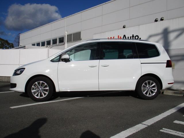 新型TSIコンフォートライン VW純正ナビ 電動サンルーフ(5枚目)