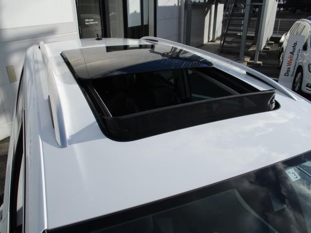 新型TSIコンフォートライン VW純正ナビ 電動サンルーフ(15枚目)