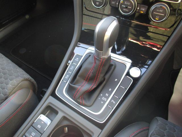 「フォルクスワーゲン」「VW ゴルフGTI」「コンパクトカー」「奈良県」の中古車12