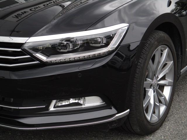 新型TDIハイライン VW純正ナビ レザーシート 電動ゲート(4枚目)